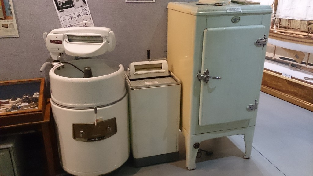Early electric washing machines