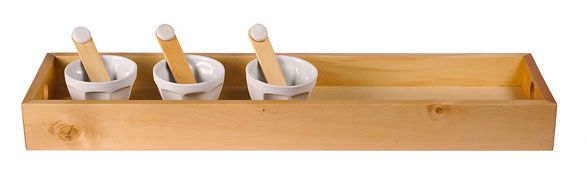 Rectangular tray with condiment dishes