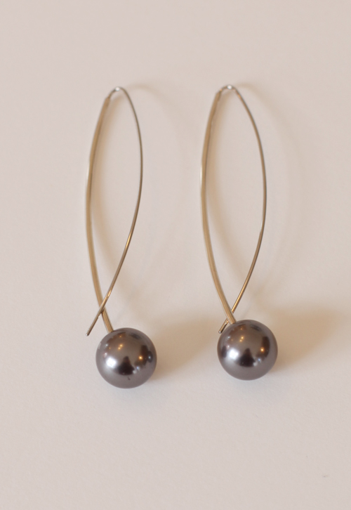 Grey J-berry Earrings from Buds and Berries Series