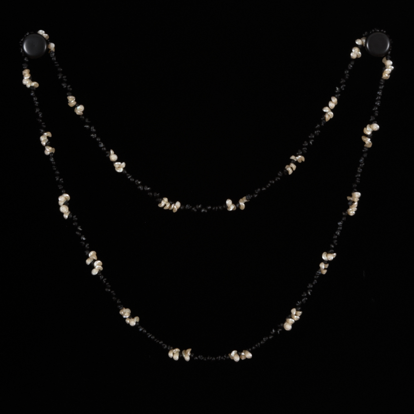 Traditional shell necklace by Aunti Corrie Fullard