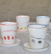 Dotted cups with tray