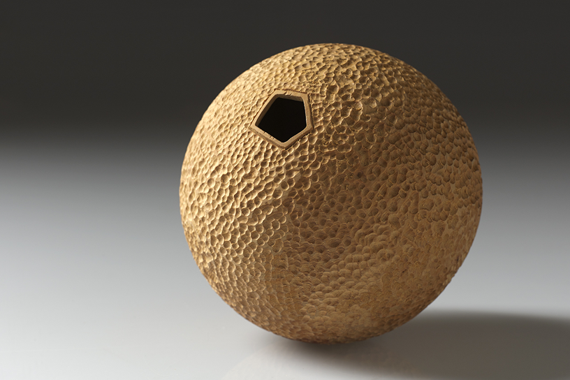 collection-brad-moss-hollow-form