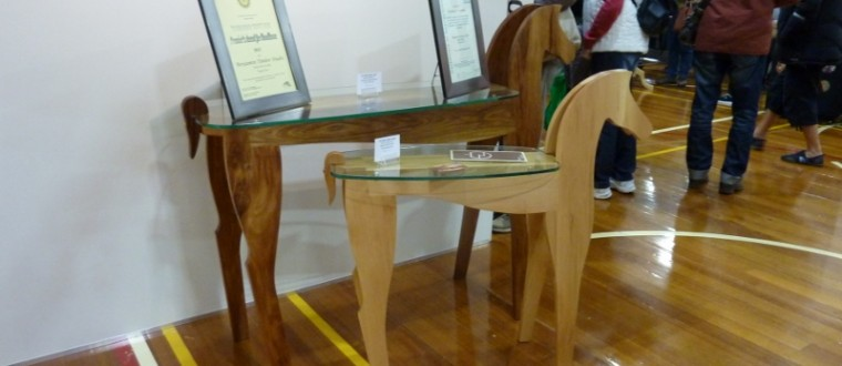 Horse shaped tables