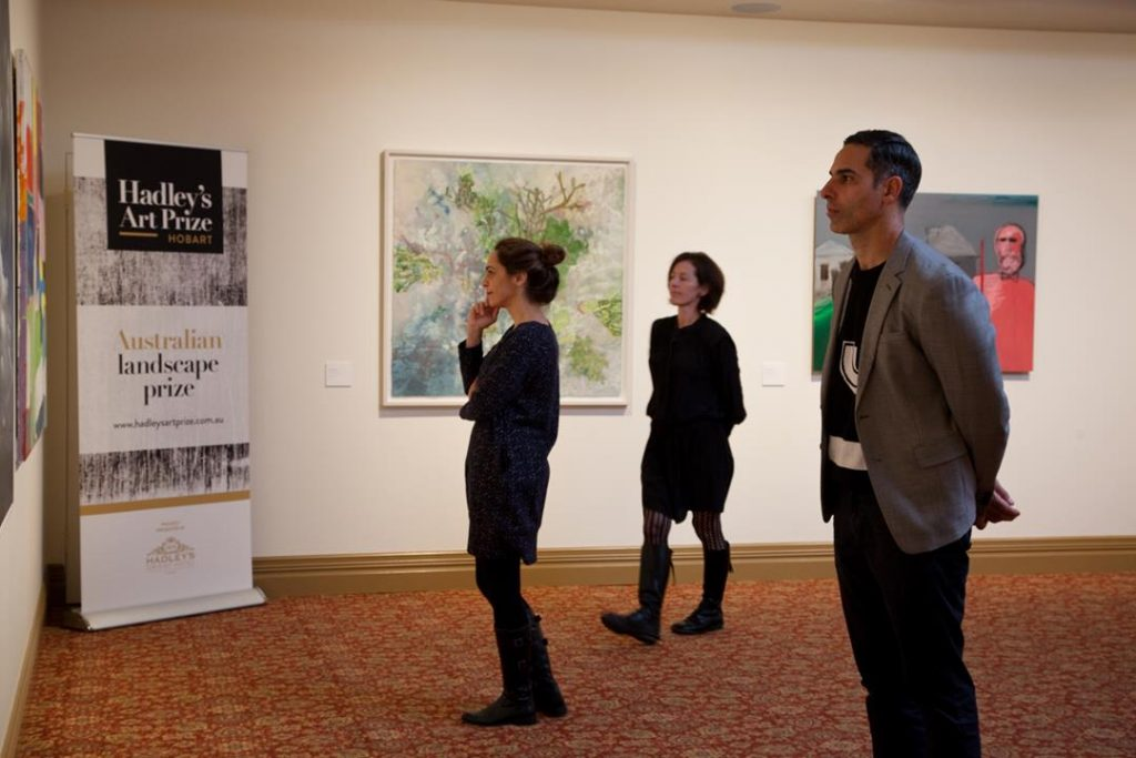 2018 Hadley's Art Prize Judges Jane Stewart, Michael Zavros and Clothilde Bullen in Gallery One, 2018. Photographer: Jessica King